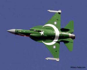 পরীক্ষা চালাল পাকিস্তানের জেএফ-১৭ বহুমুখী যুদ্ধবিমান