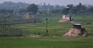 পাক-ভারত আন্তর্জাতিক সীমানায় ৪টি অস্ত্র ঘাঁটি তৈরি করেছে পাকিস্তান