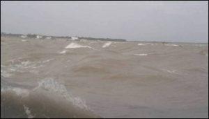 রাজশাহীতে পদ্মা নদীর পানি বিপৎসীমা ছুঁই ছুঁই করছে