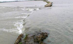ভারত থেকে আসা পদ্মার পানি বিপৎসীমার ওপরে