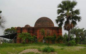 ঐতিহ্য হারাচ্ছে ৫শ বছরের পুরোনো মসজিদ